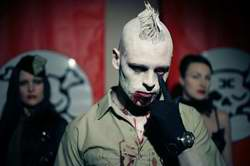 Combichrist  - �Everybody Hates You�